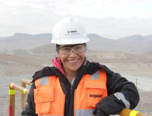 ENTREVISTA A LA MUJER WAAIME DEL MES: OLGA MIRANDA Operadora de Pala Hudbay Perú